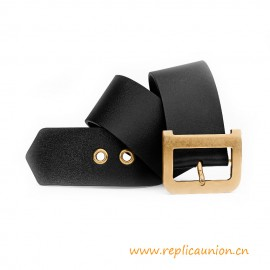 Top Quality D Buckle in Aged Gold-tone Metal Belt in Black Calfskin