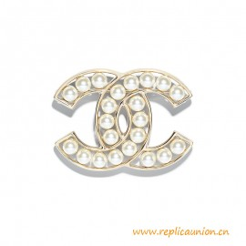 Top Quality Brooch Metal Glass Pearls Gold Pearly White