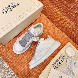 Top Quality Oversized Sneaker for Women