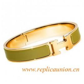 Original Clic H Narrow Bracelet in Green Enamel Gold Plated Hardware