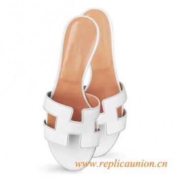 "Oasis Original Ladies' sandal Snow White with Havana stitching in Calfskin 1.9"" Stacked Heel"
