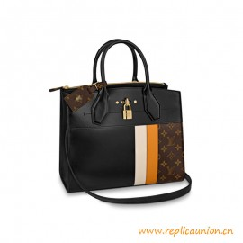 Top Quality City Steamer MM Handbag in black Calf Leather